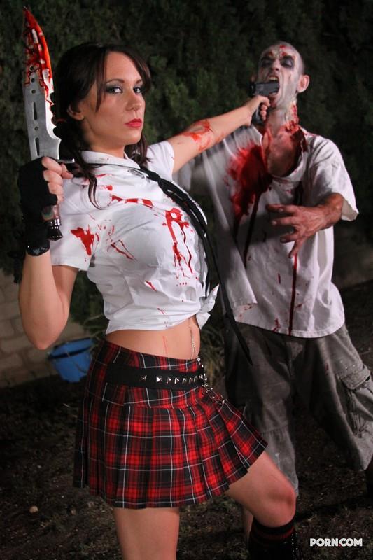 Порно пародии на фильмы с зомби